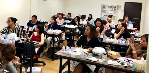 Dokumentasi Nail Art House 2019 : Workshop Nail Art yang diadakan sebelum pandemi, ramai diikuti oleh murid baik dari Jakarta maupun luar Jakarta