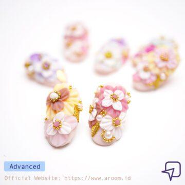 Online Course Nail Art Carissa Daffodil Flower